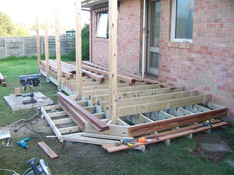 Cosy-deck-during1